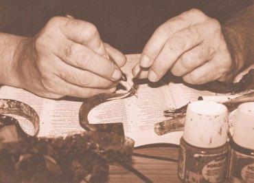 Kai Sibley. Retrato de Stan Brakhage en un café de Boulder, Colorado, 2001