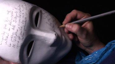 Suzanne Lacy. El Esqueleto Tatuado I, II y III, 2010