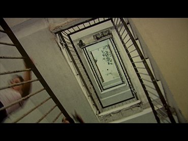 Macarena Aguiló y Susana Foxley. El edificio de los chilenos. Película, 2011