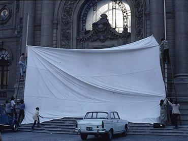 Inversión de escena, 1979 (detail), C.A.D.A., Museo Reina Sofía © 2016 Archivo y obra C.A.D.A.