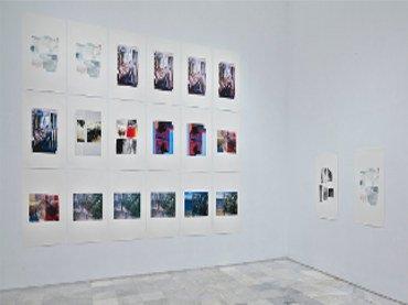 Vista de sala de la exposición Azucena Vieites Tableau vivant, 2013