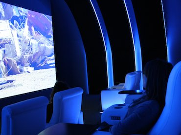 Hito Steyerl. In Free Fall, 2010