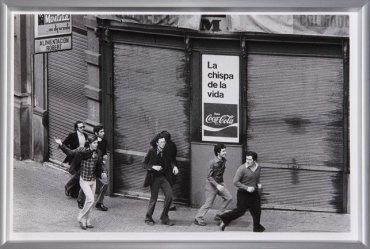 Colita, Manifestación pro-amnistía, Barcelona, 1976, 1976 / Copia posterior, 2011. Fotografía. Colección Museo Nacional Centro de Arte Reina Sofía