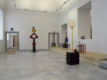 Vista de sala de la exposición. Miró escultor, 1986