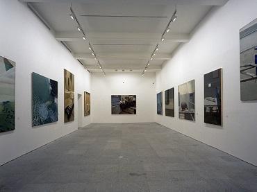 Vista de sala de la exposición Gilles Aillaud, 1991