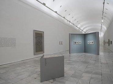 Vista de sala de la exposición. Anni y Josef Albers. Viajes por Latinoamérica, 2006