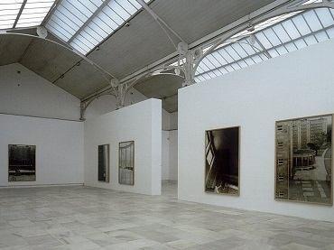 Vista de sala de la exposición. Günther Förg, 1998