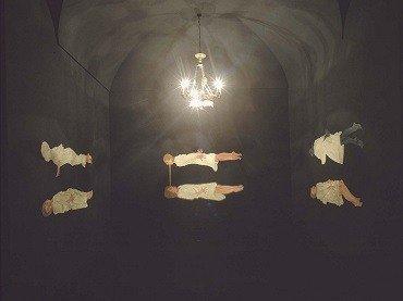 Vista de sala de la exposición. Marina Núñez. La locura, 1997