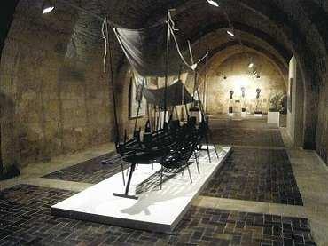 Vista de sala de la exposición. Mascaró en Silos, 2008