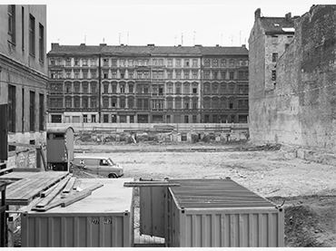 Michael Schmidt, Sin título, Berlin nach 45 [Berlín tras el 45, 1980]. © Foundation for Photography and Media Art with the Michael Schmidt Archive