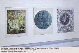 Vista de la exposición Carl Andre: Escultura como lugar, 1958-2010