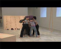 Imágenes (brutos) de la performance de Simone Forti – versión web