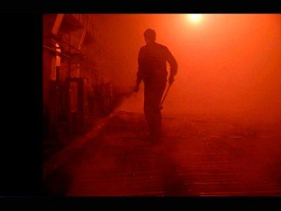 Wang Bing. West of the Tracks, película, 2003