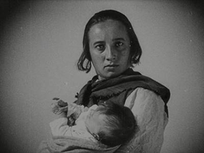 Grigori Kozintsev y Leonid Trauberg. La nueva Babilonia.Película, 1929