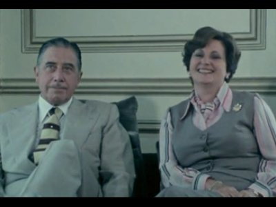 José María Berzosa. Pinochet y sus tres generales. Película, (1979), 2004