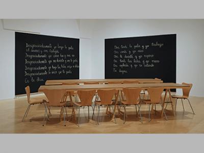 Vista de la exposición Luis Camnitzer. Hospicio de utopías fallidas, 2018. Museo Reina Sofía
