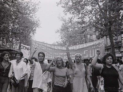 Colita (Isabel Steva Hernández). Manifestación gay, Barcelona, 1977