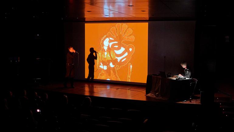 Documentos 15. Homenaje a Guy Schraenen. Para un enfoque alternativo de la historia del arte. Actividad celebrada el 20 de febrero en el Museo Reina Sofía. En la foto: Anne-Mie Van Kerckhoven y Danny Devos