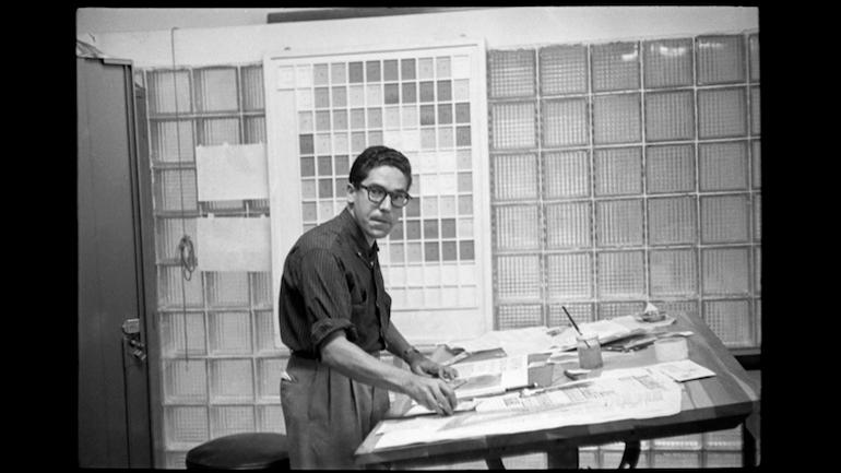 Carlos Cruz-Diez in his design studio. Momento magazine, Caracas, 1957. © Estate of Carlos Cruz-Diez, Bridgeman Images, 2021