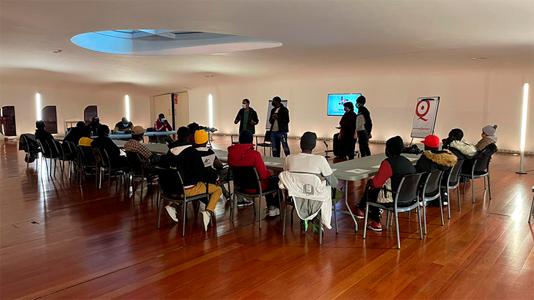 A session from the School of Rights workshop, Museo Reina Sofía, 2020. Photograph: Red Interlavapiés
