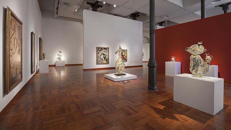 Vista de sala de la exposición Miró último (1963-1983): La experiencia de mirar en el Museo Arte de Lima, MALI: 22 marzo, 2017 - 24 junio, 2018. © Eduardo Hirose