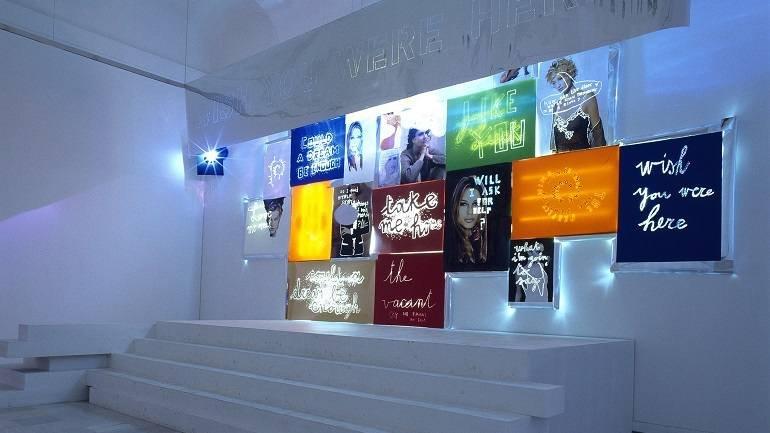 Vista de sala de la exposición. Danielle Buetti. Could a dream be enough, 1999