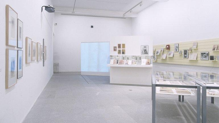 Exhibition view. La pasión por el libro: una aventura editorial, 2002