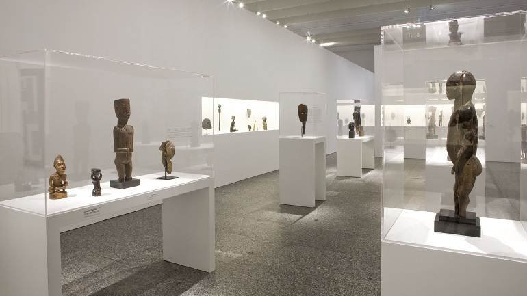 Vista de sala de la exposición. La invención del siglo XX. Carl Einstein y las vanguardias, 2008