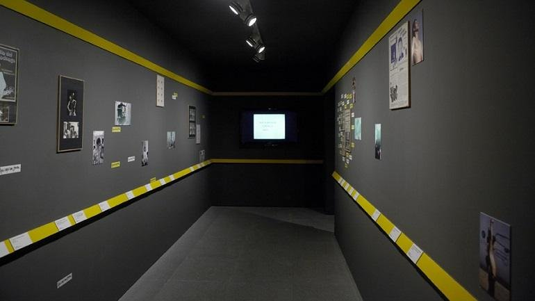 Exhibition view. Losing the Human Form, 2012