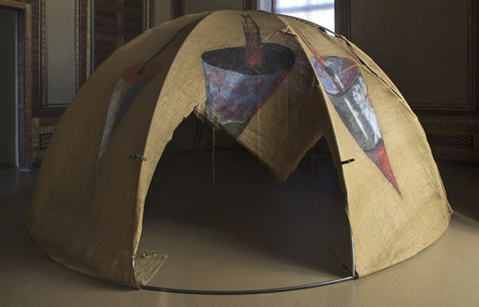 Mario Merz. Igloo [Tenda di Gheddafi], 1968-1981. Iron tubes, acrylic on jute canvas. 250 x 500 cm. Castello di Rivoli Museo D'Arte
