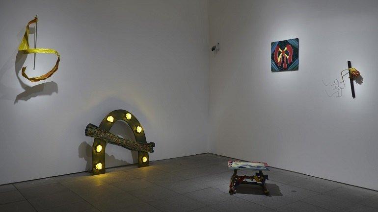 Exhibition view. Ree Morton. Be a Place, Place an Image, Imagine a Poem, 2015