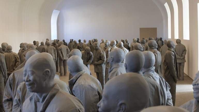 Vista de sala de la exposición. Juan Muñoz. Retrospectiva, 2009