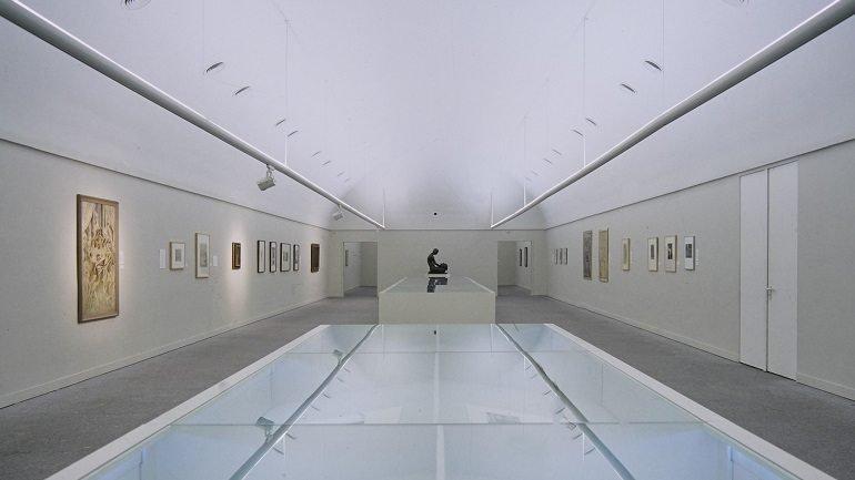 Vista de sala de la exposición. Salomé, un mito contemporáneo, 1875-1925, 1995