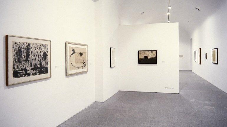 Vista de sala de la exposición. Mark Tobey, 1997
