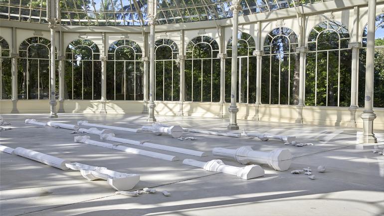 Vista de la exposición Pep Agut. Meridiano de Madrid: sueño y mentira